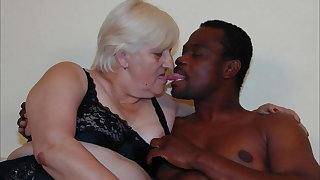 Kermis BBW granny fuck with BBC