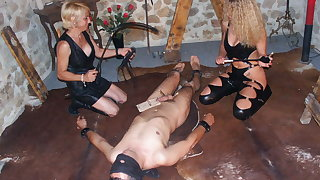 2 amateur dominas with anal slave