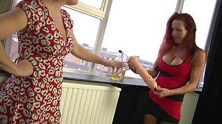 Marvelous Wendy knuckles increased by tastes her mate