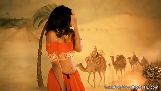 Mesmerizing Lover Distance from Exotic India