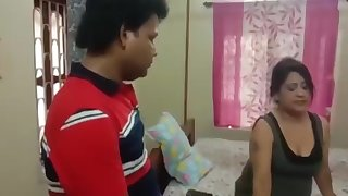 Desi Indian Mom Fuck By Lover In Bedroom