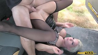 Gorgeous mature Barbie Sins gets naughty in the hansom cab